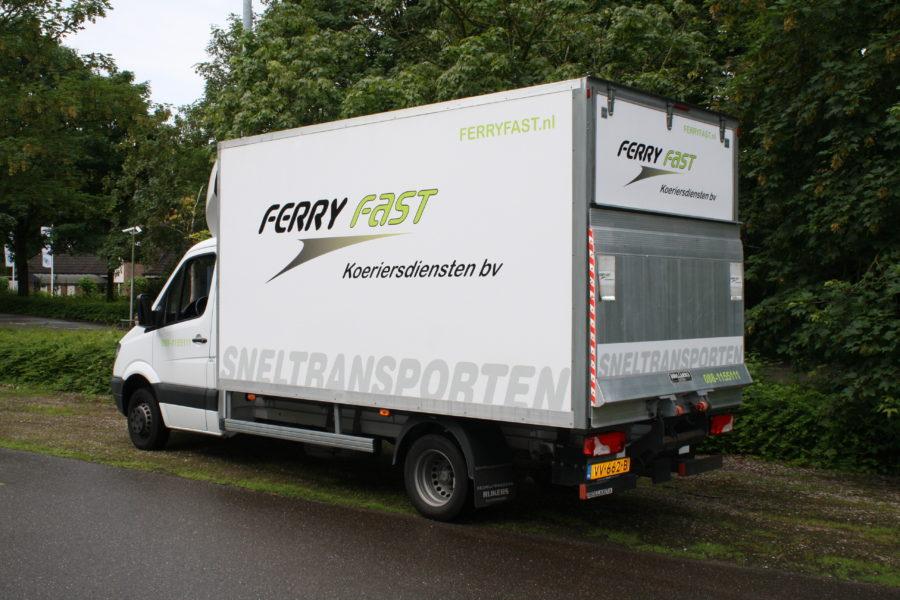 transport koerier koeriersdiensttransportbus transportwagen